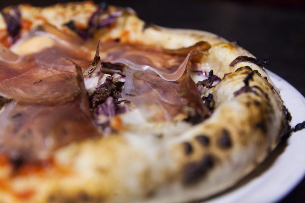 Pizzeria Fratelli Pummarò di Torino - Pizza Trevisana